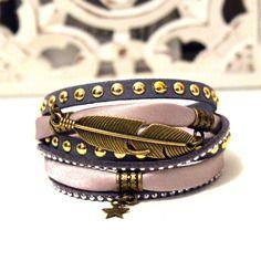 Bracelet plume et etoile gris beige