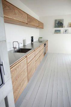 30 Inspiring White Scandinavian Kitchen Designs #kitchen #homeinterior #homedecor #interiordesign