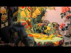 ▶ Kaffe Fassett: Colour and his home - YouTube