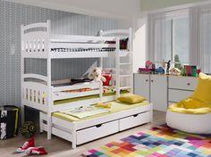 Barnsäng som är tillverkad i massiv furu, sängarna vi erbjuder säljs som naturfärg där de är lackade eller målade med färglada färger som får barnen att aldrig vilja lämna sina sin säng på morgonen. Sängen går att ha som 3separata sängar eller som på bilden staplade på varandra vilket sparar plats i alla hem. Lådorna …