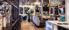 Zocher Bar & Kitchen is het restaurant van het Carlton Square Hotel bij het Houtplein in Haarlem. Deze nieuwe hotspot bewijst dat hotelrestaurants niet suf hoeven te zijn. Er komen mensen uit de hele stad naartoe, ongeacht ze in het hotel slapen of niet.