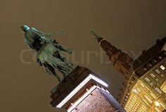 Stock foto af 'Biskop Absalon og Christiansborg Slot i København'