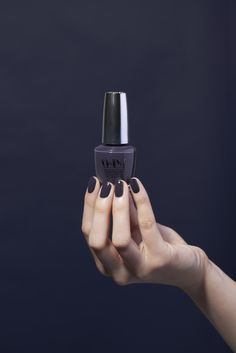 A deep midnight navy to go with your autumn wardrobe - Suzi & the Arctic Fox from the OPI Iceland collection