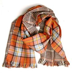 Reversible wool blend plaid blanket scarf in pumpkin orange, browns and mustard yellow is perfect for the fall and winter. This scarf is 5 long x It's plenty long enough to do many different scarf ties. Tartan Plaid Scarf, Plaid Blanket Scarf, Plaid Purse, Fall Winter Outfits, Autumn Winter Fashion, Tweed, Orange Braun, Orange Scarf, Lana
