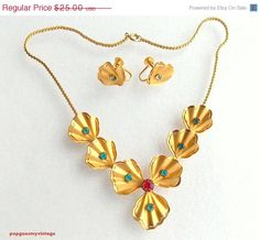 ON SALE Vintage Bugbee & Niles Necklace and by popgoesmyvintage