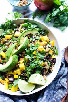 Vegetarian Salad Recipes, Salad Recipes For Dinner, Veggie Recipes, Whole Food Recipes, Cooking Recipes, Healthy Recipes, Dinner Salads, Vegan Meals, Bean Salad Recipes