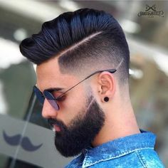 So now we will release the most popular hairstyles men The more attention a man has in his hair, the more handsome he is. Popular Hairstyles for Men Popular Mens Hairstyles, Mens Hairstyles With Beard, Hairstyles Haircuts, Haircuts For Men, Haircut Styles For Boys, Best Hairstyles For Boys, Latest Hairstyles, Best Beard Styles, Hair And Beard Styles