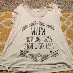 Cute Shirt In great condition Tops Tees - Short Sleeve