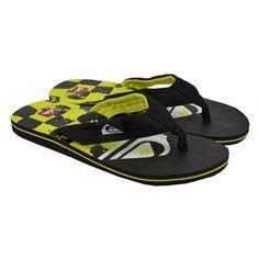 Flip flops planas de entrededo, fabricadas con materiales de goma y corte de tejido, con detalles en la plantilla de la marca QUIKSILVER.