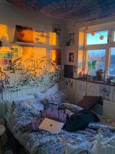 Room Design Bedroom, Room Ideas Bedroom, Bedroom Inspo, Bedroom Decor, Indie Room Decor, Cute Room Decor, Dream Rooms, Dream Bedroom, Pretty Room