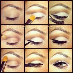 glowing eyeshadow and winged eyeliner makeup tutorial