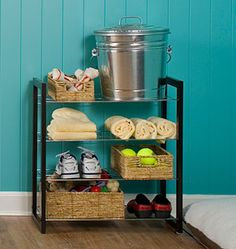 Another way to get your pet's belongings organized when you have limited space! A neatly-organized pet corner!