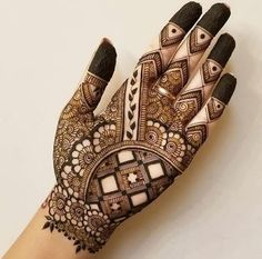 121 Simple mehndi designs for hands Easy Henna patterns with Images Bling Sparkle Henna Hand Designs, Mehndi Designs Finger, Mehndi Designs Book, Mehndi Designs For Girls, Mehndi Designs For Beginners, Mehndi Designs 2018, Modern Mehndi Designs, Mehndi Designs For Fingers, Floral Henna Designs
