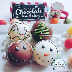 Hot Chocolate Gifts, Christmas Hot Chocolate, Hot Chocolate Bars, Hot Chocolate Recipes, Christmas Candy, Christmas Treats, Christmas Baking, Cocoa Drink, Cocoa Tea