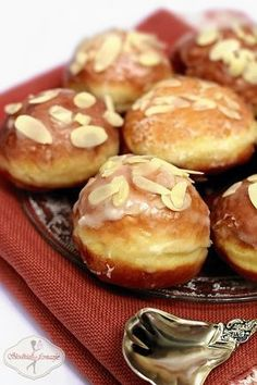 Puszyste parzone pączki wg L. Ćwierczakiewiczowej przepis / Fluffy traditional donuts recipe
