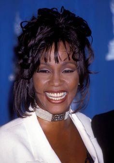 https://www.facebook.com/inductwhitneyhouston/photos/a.293063137526960.1073741828.293032367530037/419101014923171/?type=1