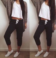cool 6 Cute Yet Comfy Outfit Ideas For College Move-In Day by http://www.tillsfashiontrends.us/cute-outfits/6-cute-yet-comfy-outfit-ideas-for-college-move-in-day/