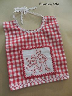Wish I could sew, this is the cutest little bib.