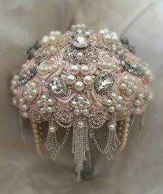 PINK AND SILVER Custom Wedding Brooch por Elegantweddingdecor