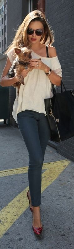 Miranda Kerr still looks great after giving birth. Dedication and a solid routine must be the key.