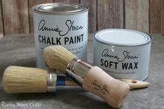 Annie Sloan chalk paint - tips for beginners {Canary Street Crafts} 11 very helpful hints for using chalk paint