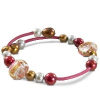 Fun, Fashionable and Stackable Pearl Bracelets!  Clater Jewelers 502-426-0077 www.claterjewelers.com