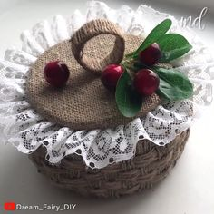 Diy Crafts Room Decor, Diy Home Crafts, Diy Arts And Crafts, Jute Crafts, Recycled Crafts, Bohemian Crafts, Cardboard Box Crafts, Flower Crafts, Sisal