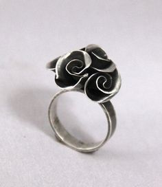 Handmade Mini Rose Bouquet Ring by CynthiaDelGiudice on Etsy, $85.00