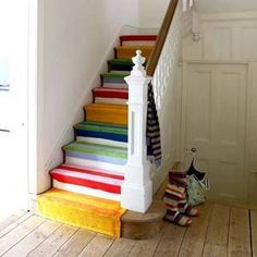 I just may need to do this to the stairs leading to the kids' room(s). I'd have to do it without asking Nate, though....he'd never approve ;)