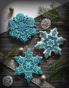 26 Beautiful Teal Christmas Decoration Ideas – Christmas Celebration – All about Christmas – The Best Christmas Cookies Christmas Sugar Cookies, Christmas Sweets, Noel Christmas, Holiday Cookies, Winter Christmas, Simple Christmas, Christmas Crafts, Summer Cookies, Valentine Cookies