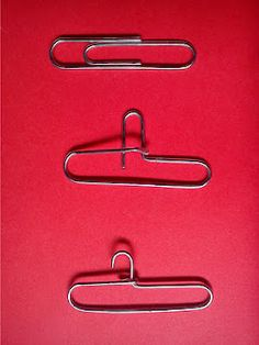 Clothes Hanger Tut used on http://minitreasures.pbworks.com/w/page/20981602/clothes_hanger