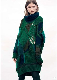 Clare Tough sweater. / Green knot oversize jumper / Camouflage patchwork