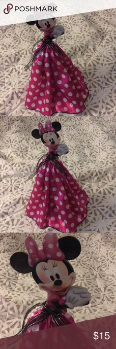 🆕🏷centerpiece & Minnie Apron 💝 Brand New Minnie Mouse centerpiece  Size 19inches/ New Minnie Mouse apron Party Accessories