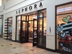 Relocating to Orlando Florida and looking for a Sephora? Come shop at the Florida Mall. Orlando Shopping, Shopping Malls, Cost Of Living, Best Places To Live, Work Travel, Orlando Florida, Sephora, Destinations, Life