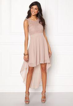 4aeff68702590 54 Best Kaasojen mekot images   Ballroom Dress, Dress, Evening dresses