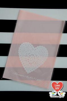 Party Favor Bag, Cookie Gift Bag, Gift Bag, Candy Bag, Wedding Favor Bag by LoveDIYdotca @ Etsy, $4.49