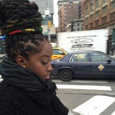 African Hairstyles How To Care For Dreadlocks So They Last Dreads Styles, Curly Hair Styles, Dreadlock Styles, Be Natural, Natural Hair Care, Natural Hair Styles, Natural Girls, Natural Beauty, Natural Fashion