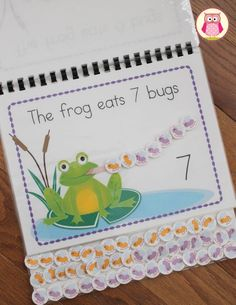 Frog Unit: Interactive frog counting book: A great addition to your math learning center or to your collection of busy books/ lap books. Provides hands on opportunities to practice counting, patterning, construction/deconstruction numbers, and addition. Math Classroom, Kindergarten Math, Teaching Math, Preschool Activities, Counting Books, Counting Activities, Skip Counting, Learning Centers, Math Centers