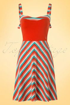 Day at the beach or a sunny day at home; this 50s Jungle Ringle Reih Sunset Stripes Dress will make you shine like never before!This super flattering, eyecatching sun dress features a contrasting top with a sweetheart neckline, Hula Girl application and playful shoulder straps which can be tied at the back, so cute! Made from a stretchy cotton blend with a playful stripes pattern in the most cheerful colours. ''On a tropical island, underneath the molten lava moon, hangin...