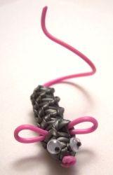 SCOUBIDOU strings, knotting with scoubidou strands, how to make scoubidou, scoobies