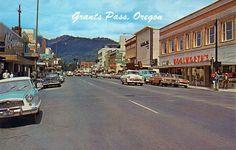 street scene grants pass oregon 1950s   Flickr - Photo Sharing!