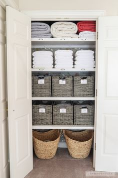 Linen Closet Organization - How to organize your linen closet If you have dysfunctional basic wire shelving in your closet, Jen Woodhouse shows you how to organize your linen closet and give it a complete makeover! Linen Closet Organization, Home Organisation, Diy Organization, Organizing Ideas, Organization Ideas For The Home, Organising, Small Space Organization, Linen Closet Shelving, Airing Cupboard Organisation