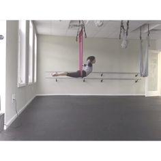 Hip hangs & handstands