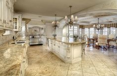 luxury kitchen /// super-size; I wouldn't want to mop !
