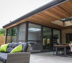 Extension Veranda, House Extension Design, Marquise, Outdoor Living, Outdoor Decor, House Extensions, Jacuzzi, Modern House Design, Backyard Patio
