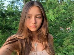 Mabel Chee, Pretty People, Beautiful People, Natural Glowy Makeup, Lily Chee, Girly Outfits, Dark Hair, Hair Looks, Hair Inspo