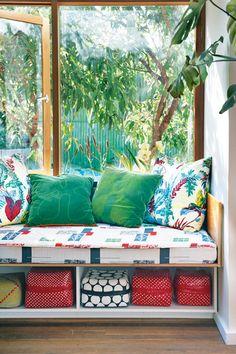 A colourful Home