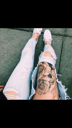 Always loved this thigh placement!