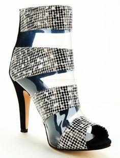 6073f6d922df 75 Best Women Shoes images