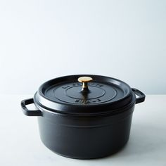 Staub Round Cocotte, 5.5 qt